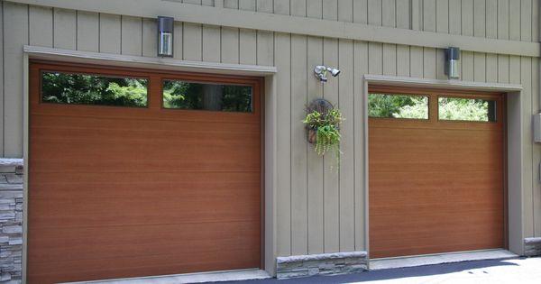 Flush showcase cedar accufinish raynor garage door www for Raynor centura garage doors