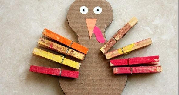 Thanksgiving turkey craft and fine motor control activity for toddlers
