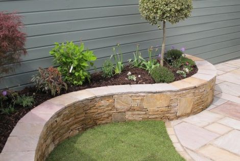 Raised Flower Beds With Seating