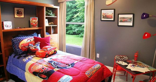 25 Disney-Inspired Rooms That Celebrate Color and ...