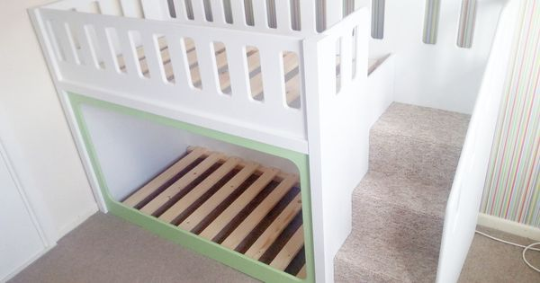 Lit superpos and lits on pinterest - Idees creatives chambres feront retomber en enfance ...