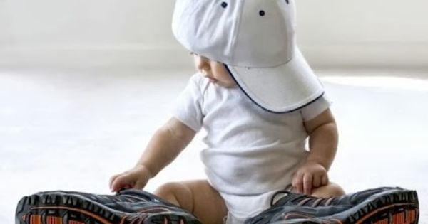 Cute pic idea.. breighton is Always trying to wear his daddys hat n shoes
