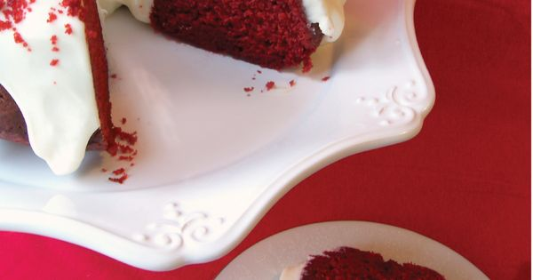 Red Velvet Bundt Cake with cream cheese frosting - Perfect for Christmas!