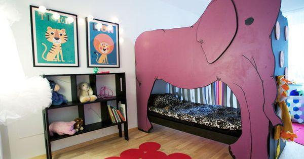 Amazing kid's room.