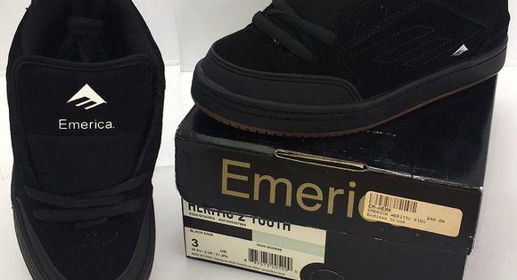 Emerica Heretic 2 Youth Sizes Black