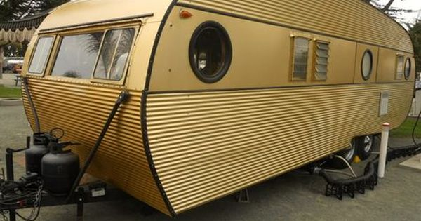 1957 Airfloat Cruiser Vintage Trailer With Beautiful Gold Anodized Aluminum Exterior Siding Vintage Campers Trailers Vintage Trailers Diy Camper Trailer