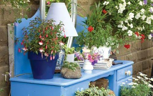 17 idées créatives de décoration de jardin à petit prix  Planters ...