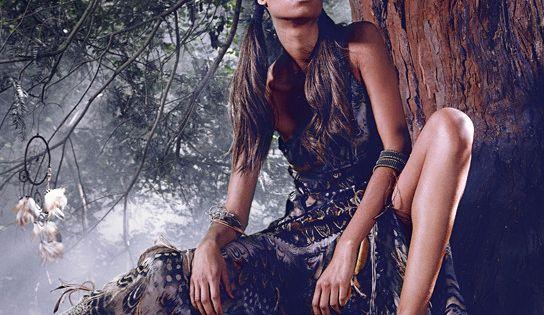 Pocahontas: Top Designers Create Disney Princess Gowns for Harrods Photographer : Jason