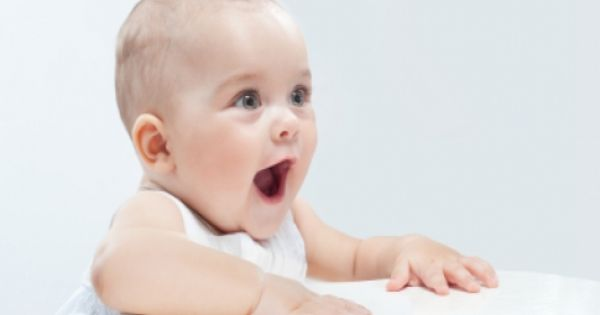 كيف أتخلص من الغازات والمغص عند الاطفال الرضع Baby Crying Baby Crying Face Baby Crying Images