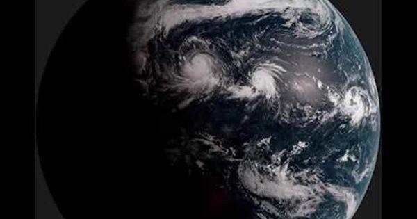 Himawari 8 A Japanese Weather Satellite Captures Image Of Earth Every 10 Minutes Weather Satellite Image Satellites