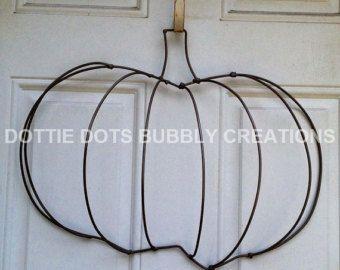 Angel Wings Wire Wreath Form Etsy Wire Wreath Wreath Forms Wire Wreath Forms
