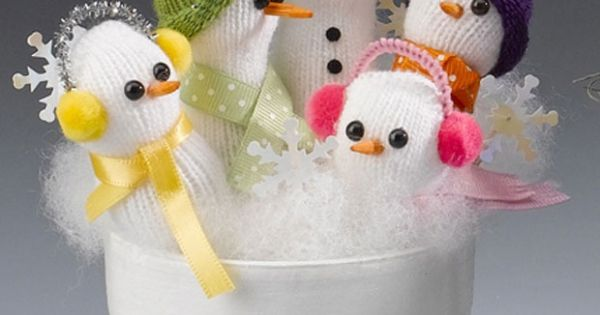18 Snowman Ideas To Populate Your Homestead White Gloves And Craft