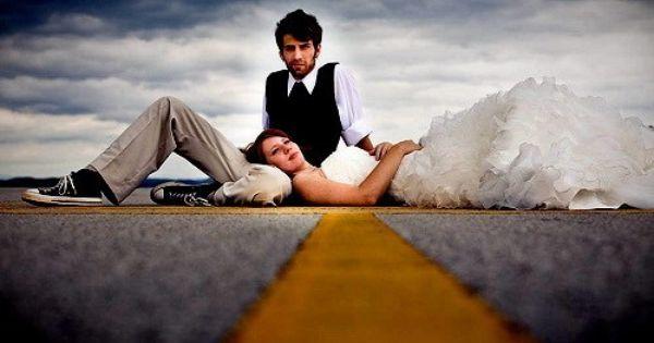 fun wedding photo poses - Bing Images