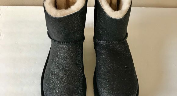 Details about UGG MINI BAILEY BOW SPARKLE GLITTER BLACK BOOTS SIZE US 6 WOMENS