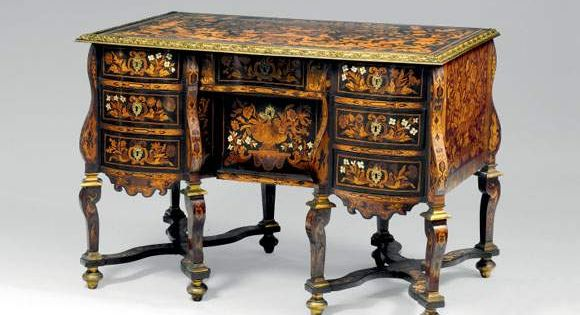 bureau dit mazarin d cor au jasmin poque louis xiv louis xiv style baroque pinterest. Black Bedroom Furniture Sets. Home Design Ideas