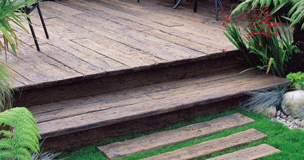 pas japonais terrasse en bois composite et meubles de jardin en m tal noir jardin pinterest. Black Bedroom Furniture Sets. Home Design Ideas