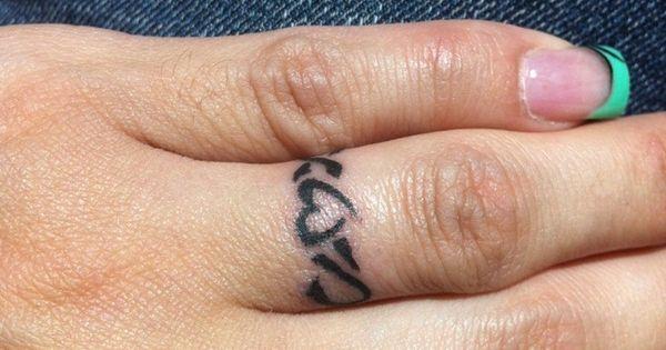ring finger tattoos | 30 Unique Wedding Ring Finger ...
