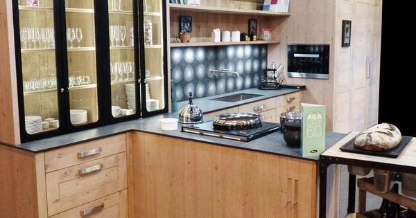 Atelier culinaire cuisine ch ne massif clair vaisselier for Prix verriere acier