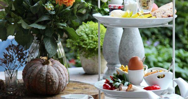 etagere auf fr hst ckstisch gedeckter tisch zum fr hst ck gedeckter tisch pinterest. Black Bedroom Furniture Sets. Home Design Ideas