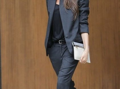 Victoria Beckham CLICK THIS PIN if you want to learn how you