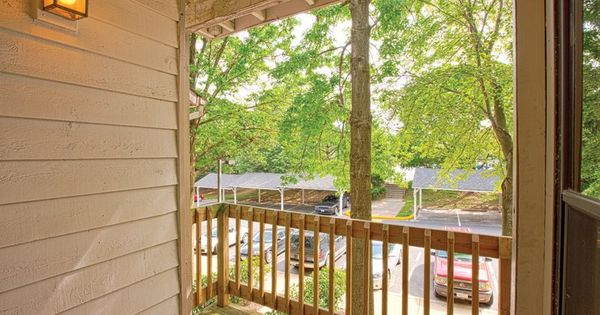 Balcony With Additional Storage Closet Renting A House Floor Plans Apartment