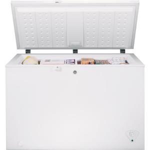 Ge Garage Ready 10 6 Cu Ft Chest Freezer In White Energy Star
