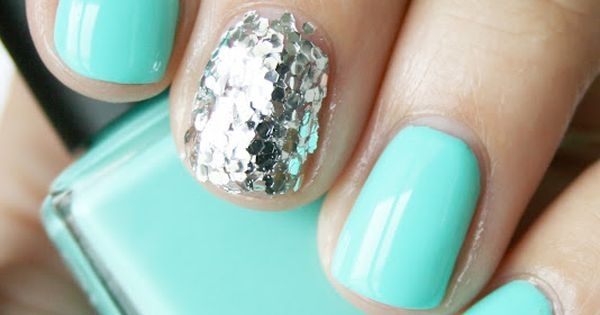 Tiffany blue polish with glitter accent nail, but i want it on