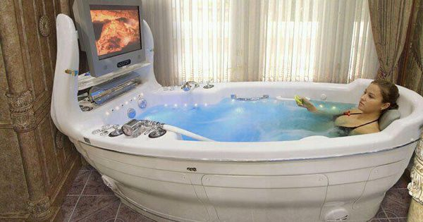 The ultimate bathtub. Bath time = fun time!