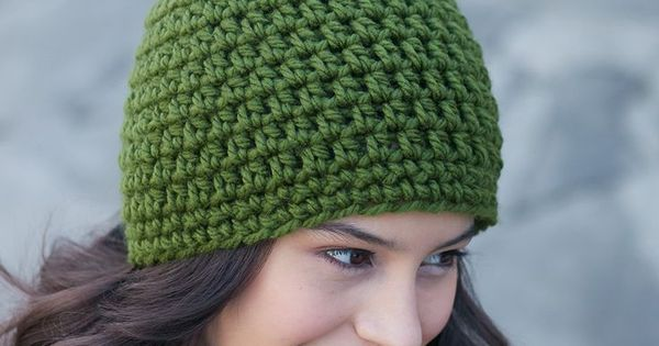 Quick and easy crochet hat topped with a fun faux fur ...