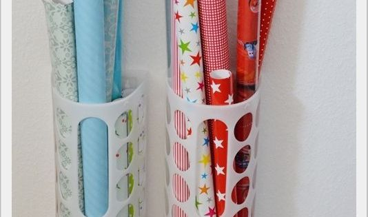 geschenkpapier ganz einfach aufbewahren mit ikea t tensammler kreative wohnideen pinterest