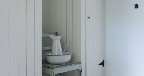 Simply Built Rustic Closets Where You Need Them Mias Interi 248 R Diy Organize Home Fix