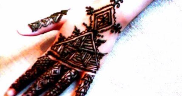النقش بالحناء ـالنقش المغربي الفاسي How To Make Henna Designs Simple Mehndi Designs Henna Hand Tattoo Hand Henna