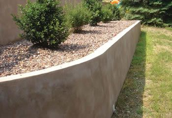 Plaster Retaining Wall With Wall Cap Google Search Poured