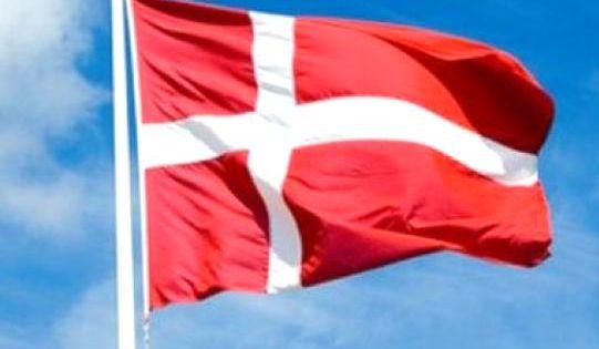Denmark Flag Danish Flag Patriotic Gifts Danish Gifts Dannebrog By Gracetee Redbubble Danish Gift Danish Flag Denmark Flag
