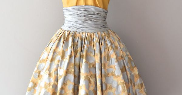 Estévez silk dress with mustard silk halter bodice, 1950s. Image © Dear