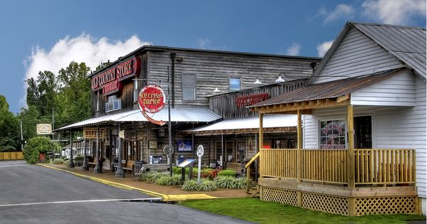 Jackson Tenn Been There Love The Food And The History Old Country Stores Small Town America Old General Stores