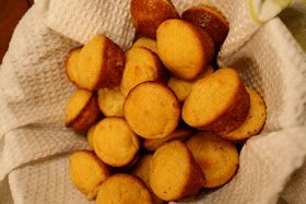 1 Box Jiffy Corn Muffin Mix Or 2 Cups Self Rising Cornmeal Mix 1 8 Teaspoon Ground Red Pepper Baked Hush Puppies Hush Puppies Recipe Hush Puppies Recipe Jiffy