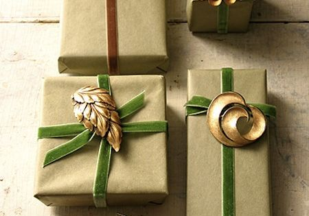 Martha Stewart Gift Wrapping Ideas | Wrap your present in kraft paper,