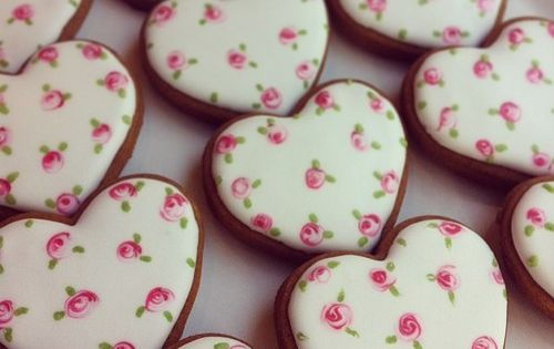 ❤Wet On Wet Valentine's Day Cookie Idea. Obviously could never make these,