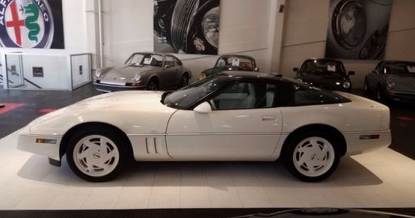 1988 35th Anniversary Corvette Corvette Corvette C4 Post War Era