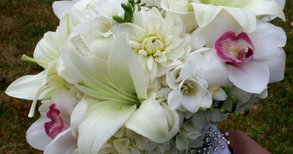 brautstrau lilien orchideen bouquet florales brautstrauss pinterest weddings. Black Bedroom Furniture Sets. Home Design Ideas