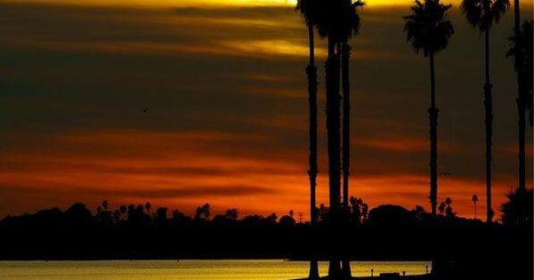 Sunset In Mission Bay San Diego Gift From The Sea Pinterest San Diego Bays And Sunsets