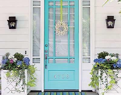 I love the color of the door plus the pretty planters on
