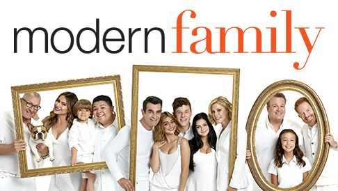 The Funniest Tv Shows Of 2012 Modern Family Episodes Modern Family Season 1 Modern Family Funny
