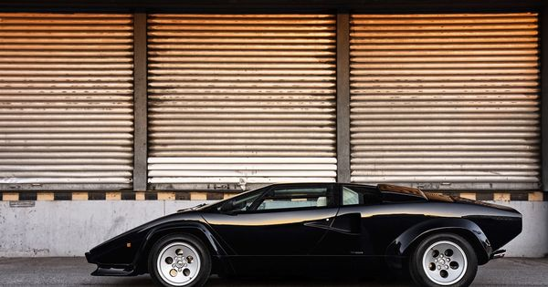 lamborghini countach 5000 s it 39 s all about how you get. Black Bedroom Furniture Sets. Home Design Ideas