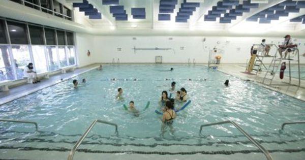 Fun In One Of Our Indoor Pools At Paloaltofamilyymca Ymca Indoor Pool Palo Alto