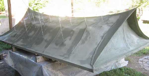 Learn How To Build A Lightweight Roof Out Of Burlap Cement And Acrylic Concrete Roof Earthship Ceramic Houses