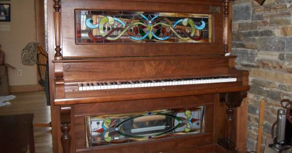 1907 player piano with stained glass https//baltimore