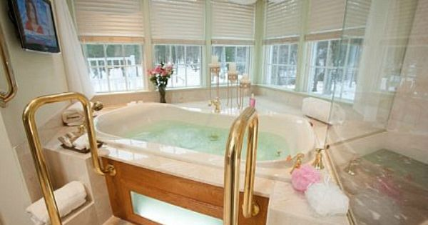 Hotel Rooms With Jacuzzi Suites Hot Tubs Excellent Romantic Vacations Romantic Hotel Rooms Hotels Room Modern Hot Tubs