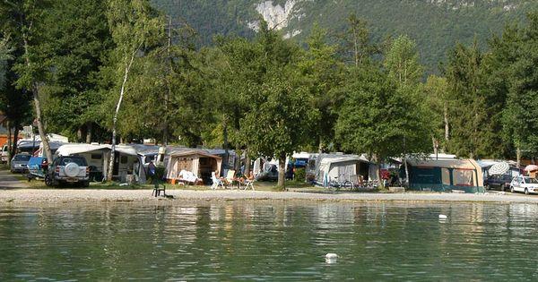 Camping le lac bleu leuk zwembad en aan het meer van annecy met strand vakantie camping - Zwembad met strand ...
